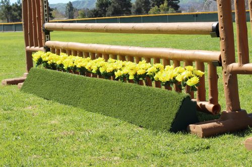 arena supplies turf triangle flower box with complete jump
